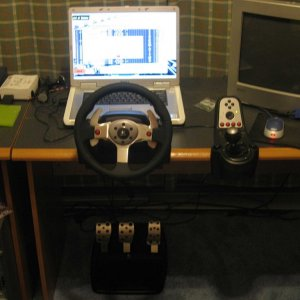 Racing Wheel Logitech G25